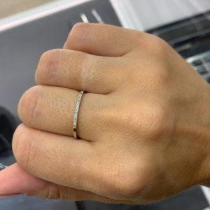 טבעת יהלומים חצי איטרניטי זהב לבן