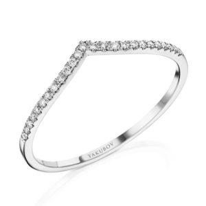 טבעת וי יהלומים