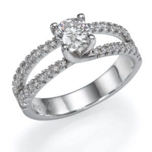 טבעת יהלום מרכזי 0.56