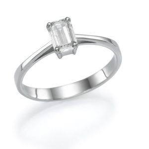 טבעת אירוסין חלקה אמרלד 0.50
