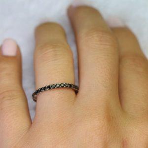 טבעת אטרנטי יהלומים שחורים