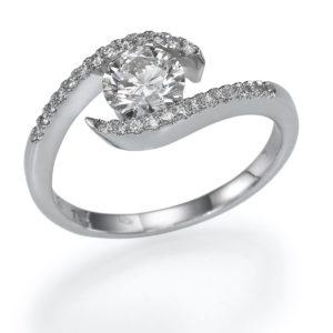 טבעת אירוסין טוויסט יהלום 0.32
